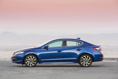 Photo Image Gallery & Touchup Paint: Acura Ilx in Catalina Blue Pearl  (B612P)  YEARS: 2016-2018