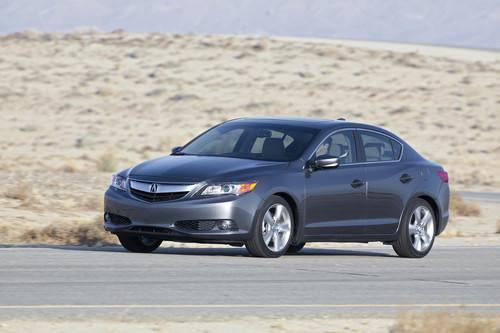 Photo Image Gallery & Touchup Paint: Acura Ilx in Polished Metal Metallic  (NH737M)  YEARS: 2013-2014