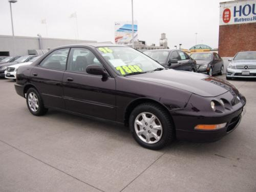 Photo Image Gallery & Touchup Paint: Acura Integra in Black Currant Pearl  (RP25P)  YEARS: 1996-1997