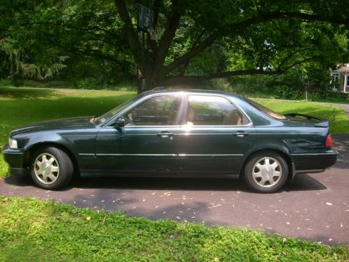 Photo Image Gallery & Touchup Paint: Acura Legend in Geneva Green Pearl  (G62P)  YEARS: 1991-1993