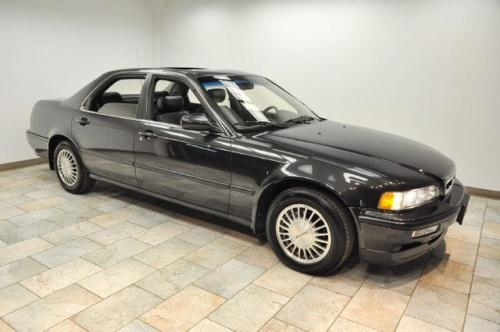 Photo Image Gallery & Touchup Paint: Acura Legend in Phantom Gray Pearl  (NH561P)  YEARS: 1992-1992