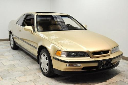 Photo Image Gallery & Touchup Paint: Acura Legend in Golden Glow Pearl  (YR502P)  YEARS: 1991-1991