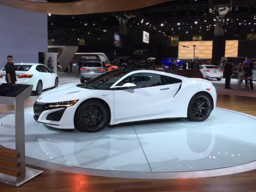 Photo Image Gallery & Touchup Paint: Acura Nsx in 130r White   (NH854)  YEARS: 2017-2018
