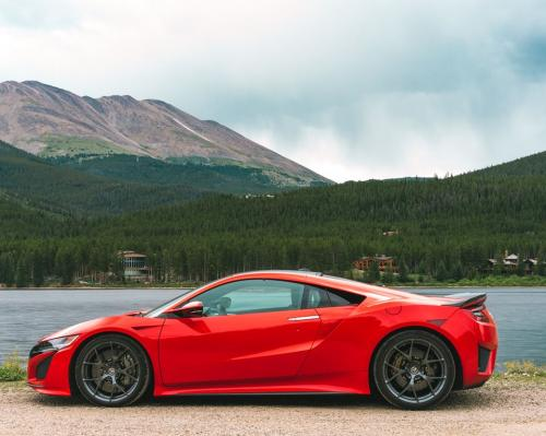 Photo Image Gallery & Touchup Paint: Acura Nsx in Curva Red   (R559)  YEARS: 2017-2018