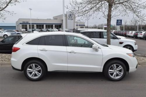 Photo Image Gallery & Touchup Paint: Acura Rdx in White Diamond Pearl  (NH603P)  YEARS: 2013-2018