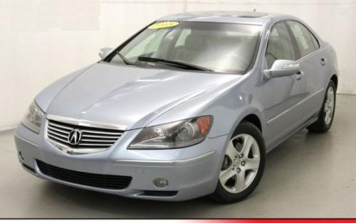 Photo Image Gallery & Touchup Paint: Acura RL in Meteor Silver Metallic  (B522M)  YEARS: 2005-2006