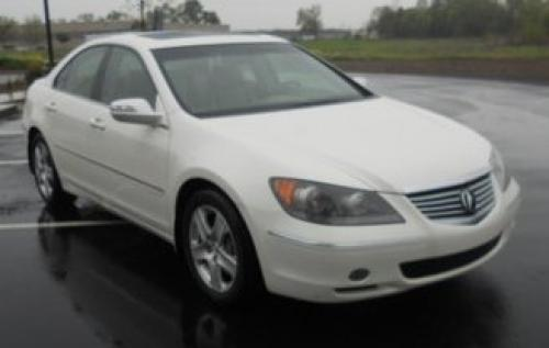 Photo Image Gallery & Touchup Paint: Acura RL in Premium White Pearl  (NH624P)  YEARS: 2005-2008