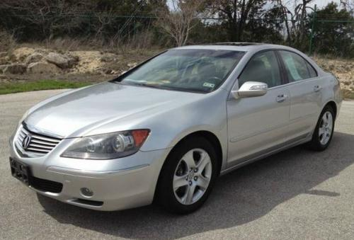 Photo Image Gallery & Touchup Paint: Acura RL in Celestial Silver Metallic  (NH685M)  YEARS: 2005-2006