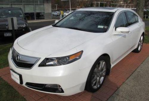 Photo Image Gallery & Touchup Paint: Acura TL in Bellanova White Pearl  (NH788P)  YEARS: 2012-2014