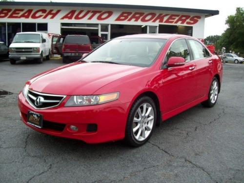Photo Image Gallery & Touchup Paint: Acura Tsx in Milano Red   (R81)  YEARS: 2004-2008