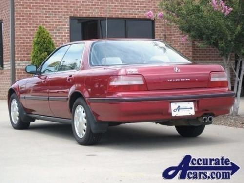 Photo Image Gallery & Touchup Paint: Acura Vigor in Cassis Red Pearl  (R82P)  YEARS: 1992-1993
