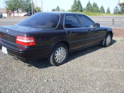Photo Image Gallery & Touchup Paint: Acura Vigor in Regal Plum Pearl  (RP18P)  YEARS: 1992-1994
