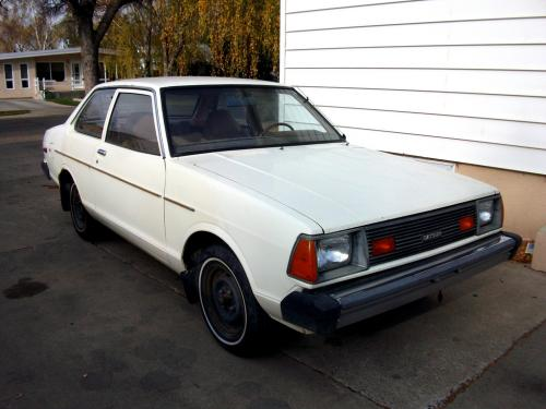 Photo Image Gallery & Touchup Paint: Datsun 210 in Alpine White   (805)  YEARS: 1980-1981