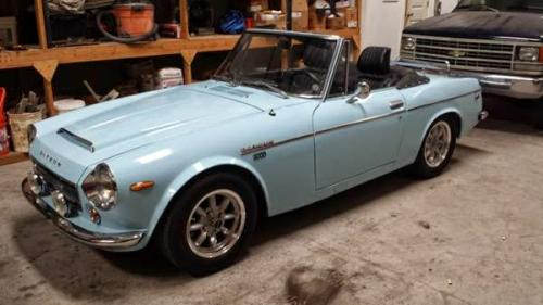 Photo Image Gallery & Touchup Paint: Datsun Sports in Sora Blue   (563)  YEARS: 1967-1970