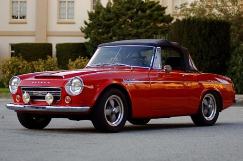 Photo Image Gallery & Touchup Paint: Datsun Sports in Spanish Red   (664)  YEARS: 1967-1970
