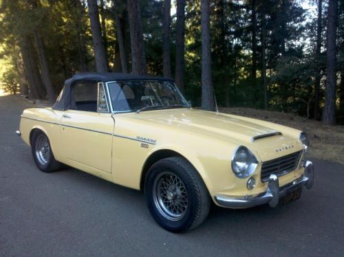 Photo Image Gallery & Touchup Paint: Datsun Sports in Yellow    (665)  YEARS: 1967-1970