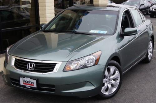 Photo Image Gallery & Touchup Paint: Honda Accord in Mystic Green Metallic  (G530M)  YEARS: 2008-2010