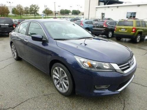 Photo Image Gallery & Touchup Paint: Honda Accord in Obsidian Blue Pearl  (B588P)  YEARS: 2013-2017