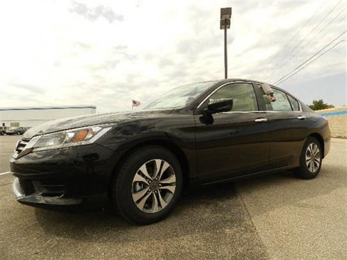 Photo Image Gallery & Touchup Paint: Honda Accord in Crystal Black Pearl  (NH731P)  YEARS: 2013-2017