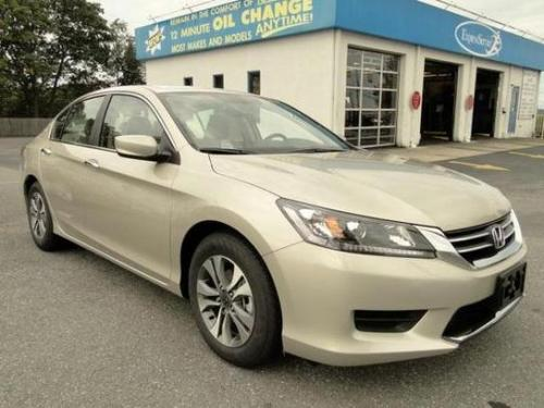 Photo Image Gallery & Touchup Paint: Honda Accord in Champagne Frost Pearl  (YR591P)  YEARS: 2014-2015