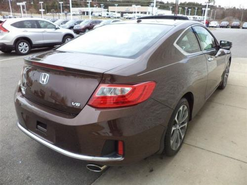 Photo Image Gallery & Touchup Paint: Honda Accord in Tiger Eye Pearl  (YR594P)  YEARS: 2013-2015