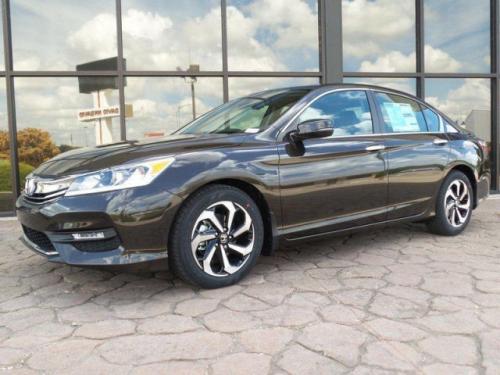 Photo Image Gallery & Touchup Paint: Honda Accord in Kona Coffee Metallic  (YR600M)  YEARS: 2016-2017