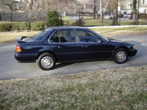 Photo Image Gallery & Touchup Paint: Honda Accord in Cobalt Blue Pearl  (B54P)  YEARS: 1991-1993