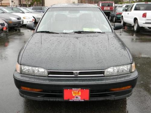 Photo Image Gallery & Touchup Paint: Honda Accord in Geneva Green Pearl  (G62P)  YEARS: 1993-1993