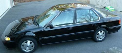 Photo Image Gallery & Touchup Paint: Honda Accord in Granada Black Pearl  (NH503P)  YEARS: 1990-1993
