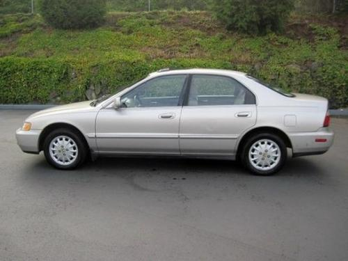 Photo Image Gallery & Touchup Paint: Honda Accord in Heather Mist Metallic  (YR508M)  YEARS: 1996-1997