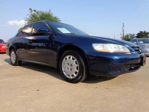 Photo Image Gallery & Touchup Paint: Honda Accord in Eternal Blue Pearl  (B96P)  YEARS: 2001-2002