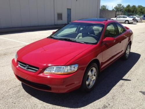 Photo Image Gallery & Touchup Paint: Honda Accord in San Marino Red  (R94)  YEARS: 1998-2002