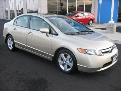 Photo Image Gallery & Touchup Paint: Honda Civic in Borrego Beige Metallic  (YR566M)  YEARS: 2007-2008