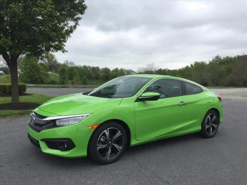 Photo Image Gallery & Touchup Paint: Honda Civic in Energy Green Pearl  (GY30P)  YEARS: 2016-2018