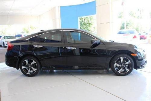 Photo Image Gallery & Touchup Paint: Honda Civic in Crystal Black Pearl  (NH731P)  YEARS: 2016-2018