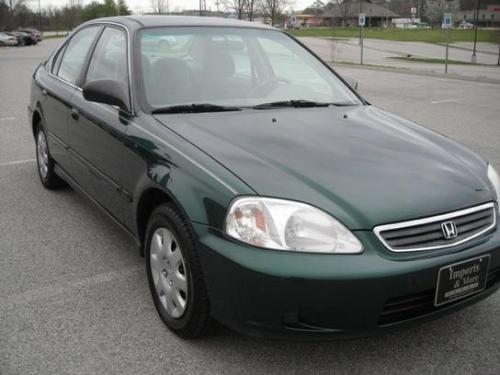 Photo Image Gallery & Touchup Paint: Honda Civic in Clover Green Pearl  (G95P)  YEARS: 1999-2000