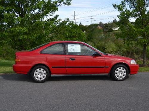 Photo Image Gallery & Touchup Paint: Honda Civic in Milano Red   (R81)  YEARS: 1996-2000
