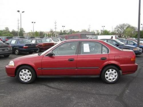 Photo Image Gallery & Touchup Paint: Honda Civic in Inza Red Pearl  (R96P)  YEARS: 1997-1999