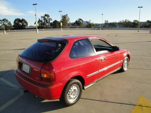 Photo Image Gallery & Touchup Paint: Honda Civic in Roma Red   (R97)  YEARS: 1996-2000