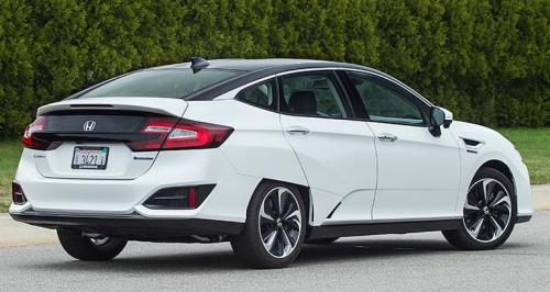 Photo Image Gallery & Touchup Paint: Honda Clarity in White Orchid Pearl  (NH788P)  YEARS: 2017-2018