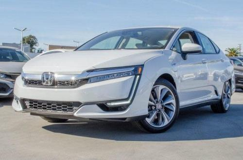 Photo Image Gallery & Touchup Paint: Honda Clarity in Platinum White Pearl  (NH833P)  YEARS: 2018-2018