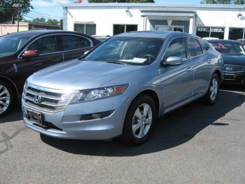 Photo Image Gallery & Touchup Paint: Honda Crosstour in Glacier Blue Metallic  (B538M)  YEARS: 2010-2011