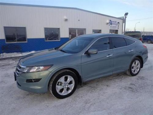 Photo Image Gallery & Touchup Paint: Honda Crosstour in Opal Sage Metallic  (G532M)  YEARS: 2010-2012