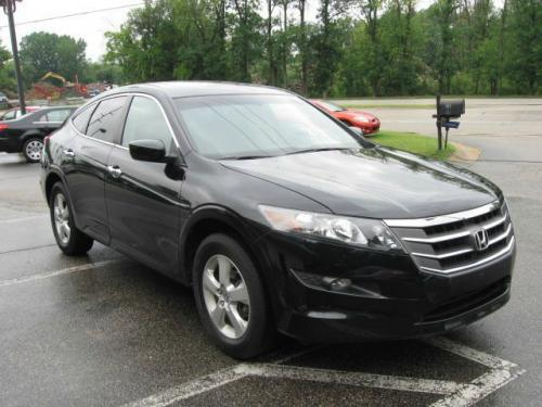Photo Image Gallery & Touchup Paint: Honda Crosstour in Crystal Black Pearl  (NH731P)  YEARS: 2010-2015