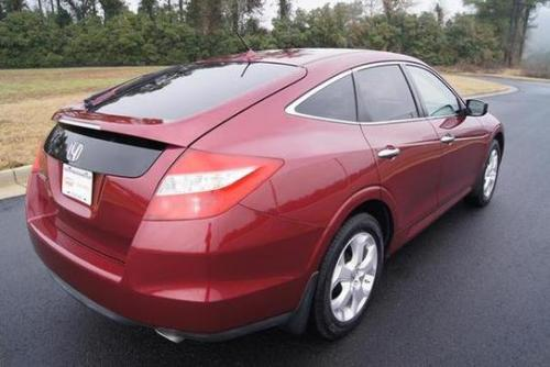 Photo Image Gallery & Touchup Paint: Honda Crosstour in Tango Red Pearl  (R525P)  YEARS: 2010-2011