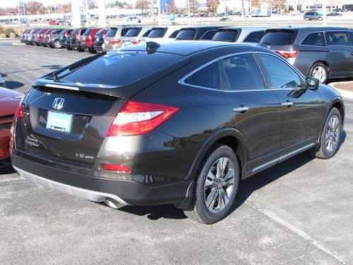 Photo Image Gallery & Touchup Paint: Honda Crosstour in Kona Coffee Metallic  (YR600M)  YEARS: 2013-2015