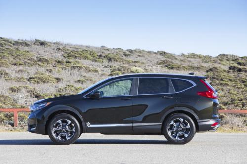 Photo Image Gallery & Touchup Paint: Honda Crv in Dark Olive Metallic  (G546M)  YEARS: 2017-2018