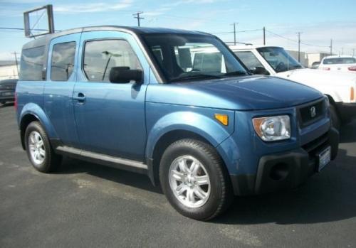 Photo Image Gallery & Touchup Paint: Honda Element in Atomic Blue Metallic  (B537M)  YEARS: 2006-2008