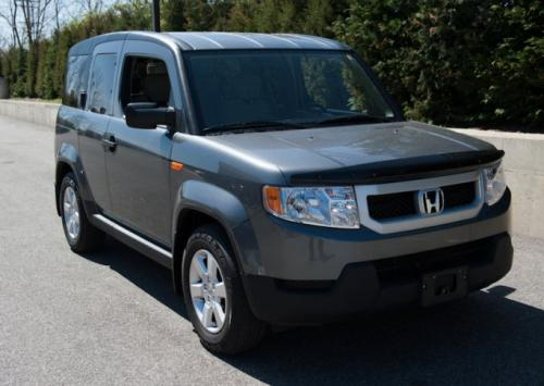 Photo Image Gallery & Touchup Paint: Honda Element in Polished Metal Metallic  (NH737M)  YEARS: 2009-2010