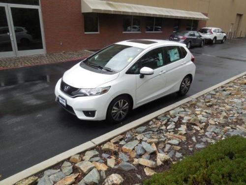 Photo Image Gallery & Touchup Paint: Honda Fit in White Orchid Pearl  (NH788P)  YEARS: 2015-2018